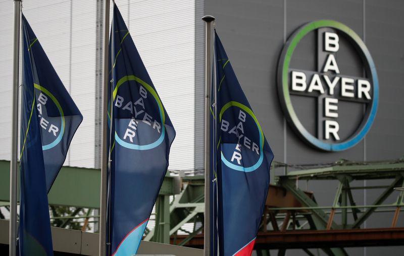 Bayer vicina ad accordo su glifosato - fonti