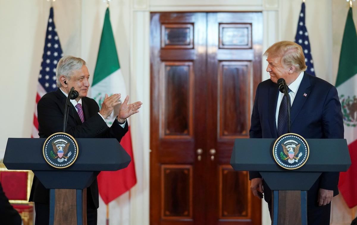 Mexican leader lauds Trump despite past tariff threats, insults