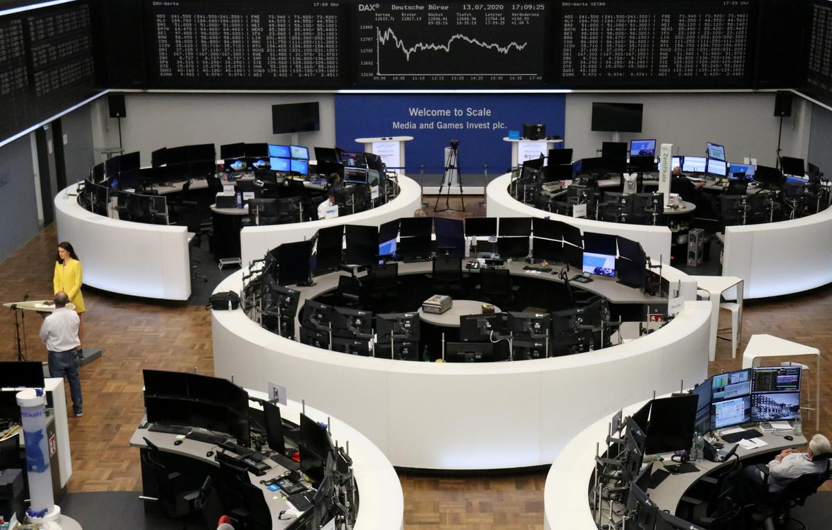 Photo of Tech selloff spreads to Europe as virus fears mount   Reuters