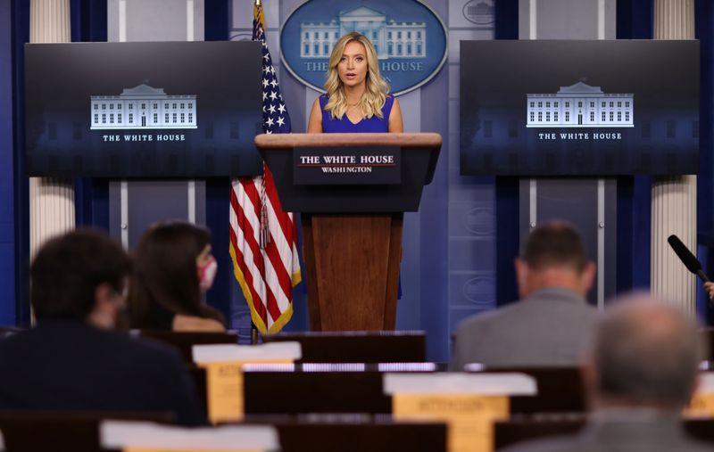 Crianças devem voltar para a escola mesmo se transmitirem Covid-19, diz Casa Branca