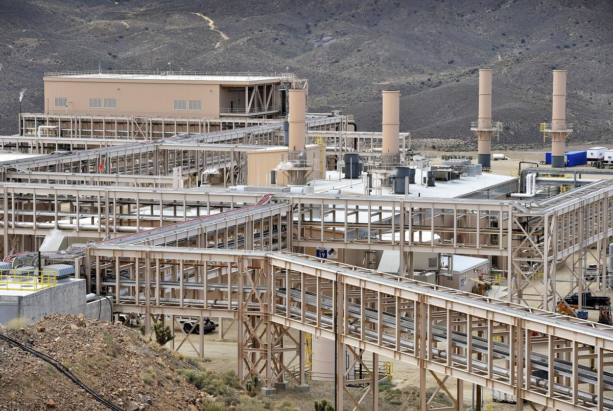 Column: U.S. finds its Chinese rare earth dependency hard to break