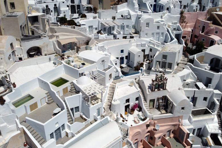 A view of empty streets in Oia on the island of Santorini, Greece, May 7. REUTERS/Alkis Konstantinidis