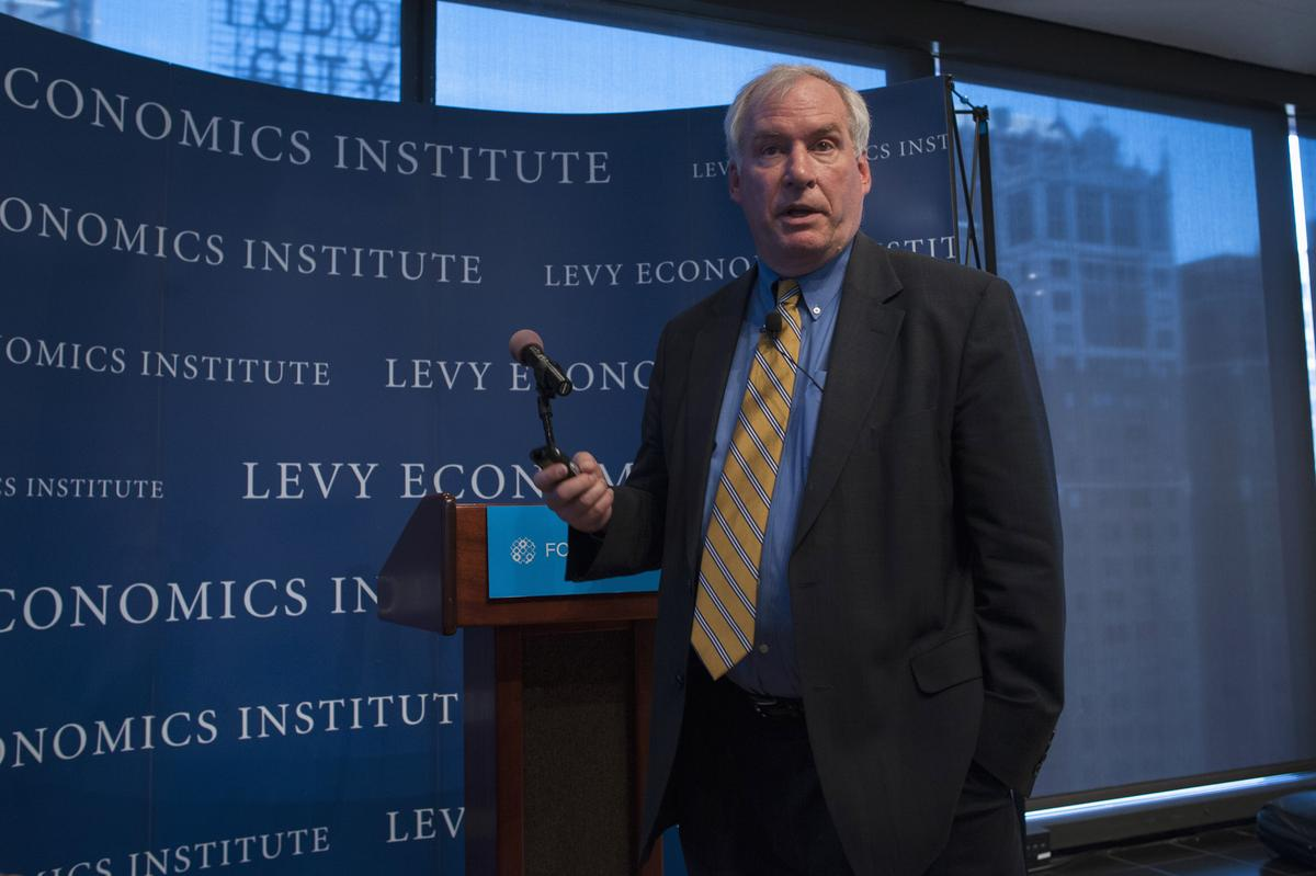 Photo of Fed's Rosengren says slowdown in economic activity likely to continue