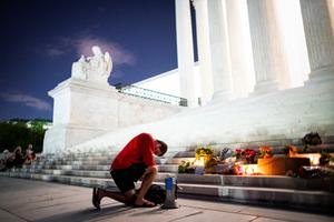Americans mourn Ruth Bader Ginsburg