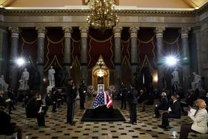 Pioneering Justice Ginsburg makes history again with U.S. Capitol honor
