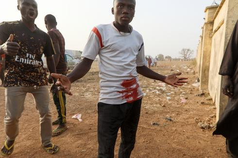 Violence erupts as kidnapped Nigerian schoolgirls returned to families