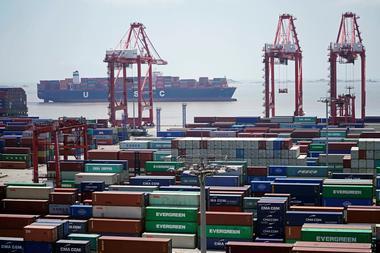 焦点:中国2月出口增速创历史新高 全球经济复苏下出口份额将渐回正常