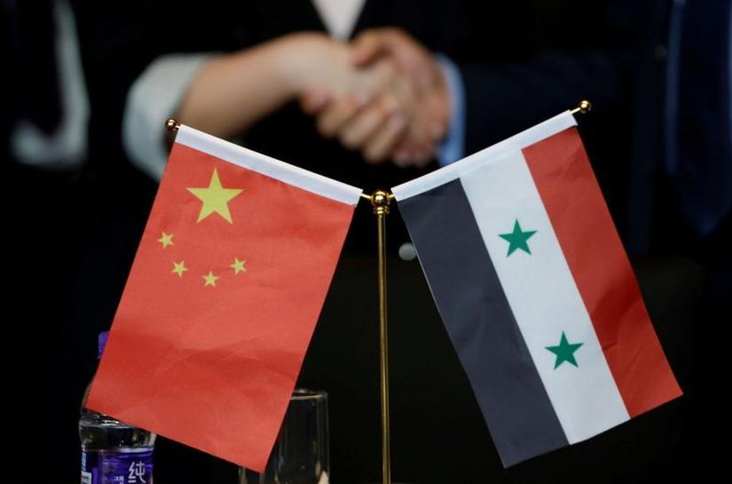 الصين تهنئ الأسد بإعادة انتخابه رئيسا لسوريا | Reuters