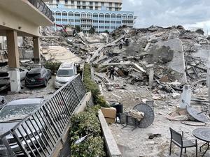 Race for survivors after Miami building collapse