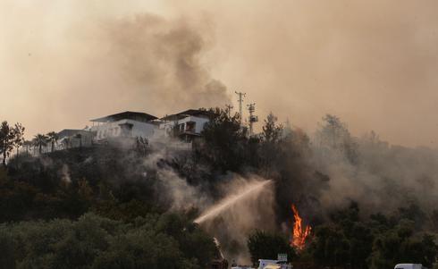 Wildfires blaze in drought-hit Turkey