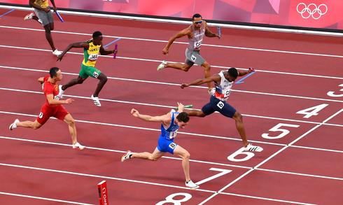 Memorable moments from the Tokyo Olympics finish line
