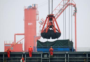 焦点:政府干预立竿见影 中国动力煤期货本周劲挫近15%创五个月最大跌幅